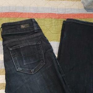 EUC Paige Hidden Hills size 27 jeans